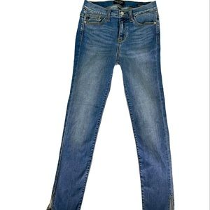 Judy Blue Skinny Jeans Size 3/26 slits at the ankl